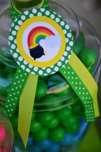 St Patrick's Day Party FREE PRINTABLES via Kara's Party Ideas karaspartyideas.com #free #printables #tags #st #patrick's #day #party #ideas #gifts #shop (25)