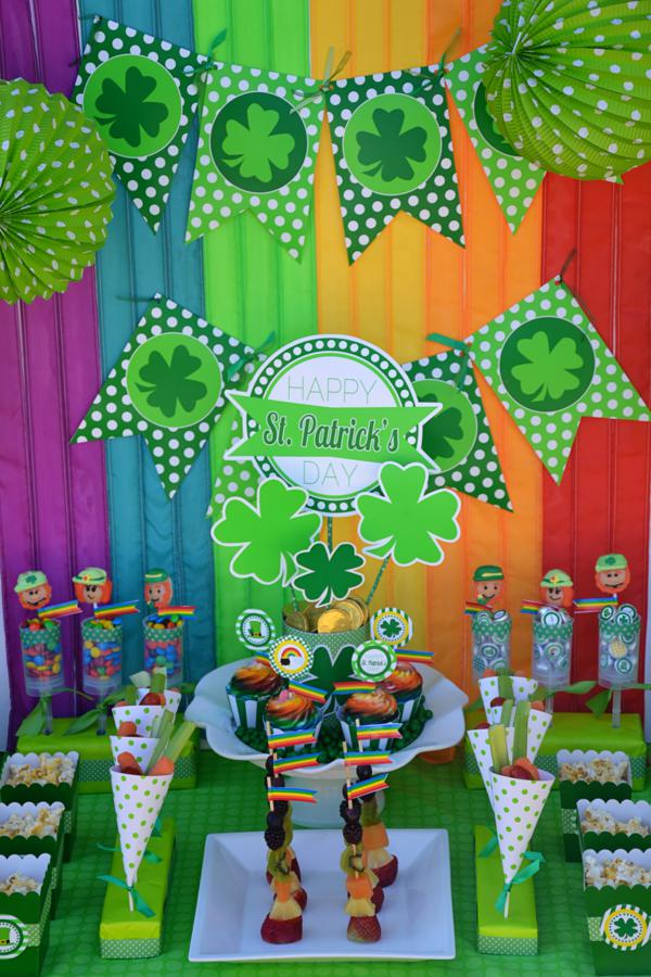 St Patrick's Day Party FREE PRINTABLES via Kara's Party Ideas karaspartyideas.com #free #printables #tags #st #patrick's #day #party #ideas #gifts #shop (58)