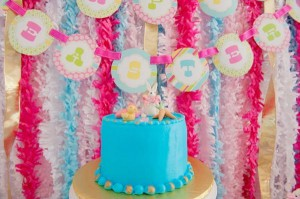 Pastel Easter themed spring party via Kara's Party Ideas karaspartyideas.com #classic #easter #pastel #party #spring #ideas #cake #decorations #tablescape #idea (43)