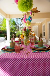Pastel Easter themed spring party via Kara's Party Ideas karaspartyideas.com #classic #easter #pastel #party #spring #ideas #cake #decorations #tablescape #idea (6)
