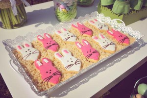 Vintage Spring Easter Egg Hunt Party via Kara's Party Ideas karaspartyideas.com #easter #spring #egg #hunt #children's #ideas #party #treats #recipes #decorations #supplies (140)
