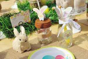 Vintage Spring Easter Egg Hunt Party via Kara's Party Ideas karaspartyideas.com #easter #spring #egg #hunt #children's #ideas #party #treats #recipes #decorations #supplies (96)