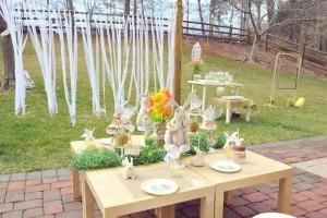 Vintage Spring Easter Egg Hunt Party via Kara's Party Ideas karaspartyideas.com #easter #spring #egg #hunt #children's #ideas #party #treats #recipes #decorations #supplies (7)