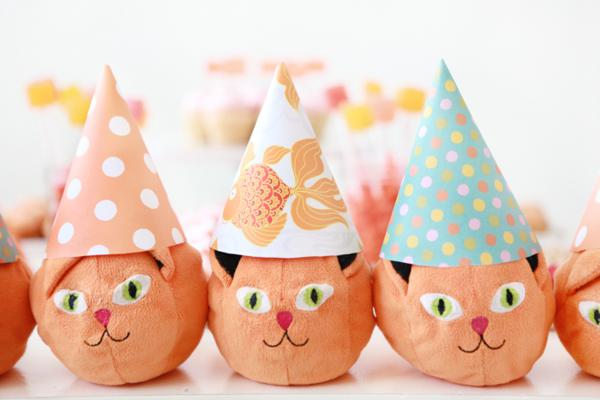 Orange Cat + Kitty Themed Birthday Party via Kara's Party Ideas karaspartyideas.com toddler craft idea (4)