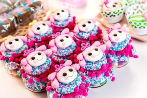 LalaLoopsy themed birthday party via Kara's Party IDeas karaspartyideas.com #lala #loopsy #party #themed #ideas #cake #idea (19)