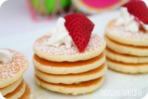 Mini+Pancakes_600x400