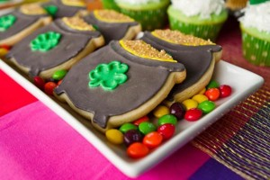 St Patrick's Day Rainbow Luck O The Irish Themed Party via Kara's Party Ideas karaspartyideas.com #st #patrick's #day #party #irish #ideas #supplies #decorations #cake #dessert #treats #kids (39)