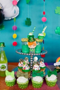 St Patrick's Day Rainbow Luck O The Irish Themed Party via Kara's Party Ideas karaspartyideas.com #st #patrick's #day #party #irish #ideas #supplies #decorations #cake #dessert #treats #kids (31)