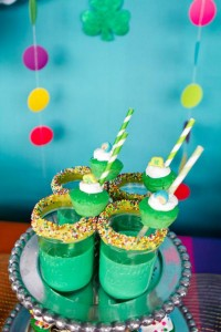 St Patrick's Day Rainbow Luck O The Irish Themed Party via Kara's Party Ideas karaspartyideas.com #st #patrick's #day #party #irish #ideas #supplies #decorations #cake #dessert #treats #kids (28)