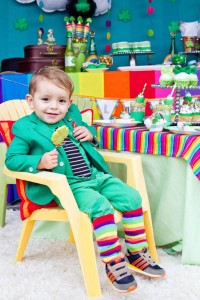 St Patrick's Day Rainbow Luck O The Irish Themed Party via Kara's Party Ideas karaspartyideas.com #st #patrick's #day #party #irish #ideas #supplies #decorations #cake #dessert #treats #kids (12)