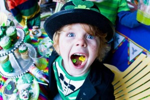 St Patrick's Day Rainbow Luck O The Irish Themed Party via Kara's Party Ideas karaspartyideas.com #st #patrick's #day #party #irish #ideas #supplies #decorations #cake #dessert #treats #kids (3)