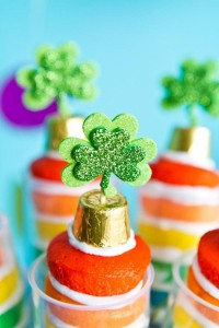 St Patrick's Day Rainbow Luck O The Irish Themed Party via Kara's Party Ideas karaspartyideas.com #st #patrick's #day #party #irish #ideas #supplies #decorations #cake #dessert #treats #kids (46)