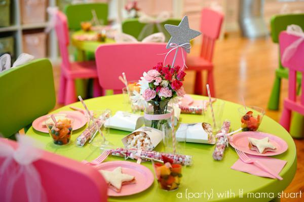Kara 39 s party ideas pink princess ballerina girl ballet for Ballerina party decoration ideas