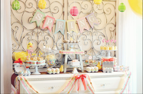 Little Duckling Easter Spring Party via Kara's Party Ideas karaspartyideas.com #easter #spring #little #duckling #party #idea #decor #food #cake (3)