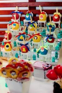 Snow White Birthday Party via Kara's Party Ideas | KarasPartyIdeas.com #snow #white #disney #princess #party #ideas (41)