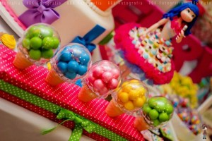 KATY PERRY Candy Land + Sweet Shoppe themed birthday party via Kara's Party Ideas | KarasPartyIdesa.com #katy #perry #candy #land #shoppe #sweet #party #ideas #birthday #cake #decorations #supplies #ideas #cupcakes #favor #idea (76)