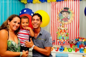Circus themed birthday party via Kara's Party IDeas KarasPartyIdeas.com (29)