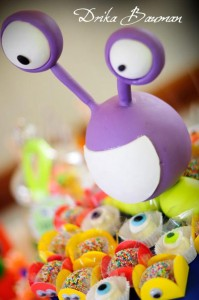 Monster themed birthday party via Kara's Party Ideas | KarasPartyIdeas.com #monster #birthday #party #ideas (54)