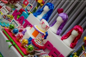 KATY PERRY Candy Land + Sweet Shoppe themed birthday party via Kara's Party Ideas | KarasPartyIdesa.com #katy #perry #candy #land #shoppe #sweet #party #ideas #birthday #cake #decorations #supplies #ideas #cupcakes #favor #idea (58)