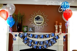 Live at FIVE anchorman NEWS themed birthday party via Kara's Party Idesa | KarasPartyIdeas.com (20)