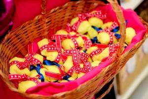 Snow White Birthday Party via Kara's Party Ideas | KarasPartyIdeas.com #snow #white #disney #princess #party #ideas (38)