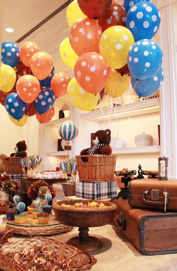 Kara 39 s party ideas vintage hot air balloon 1st birthday for Balloon decoration for 1st birthday party