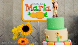 Fruit garden themed birthday party via Kara's Party Ideas! KarasPartyIdeas.com #unique #party #ideas #birthday #garden #fruit #spring #cake #cupcakes #idea (52)