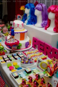 KATY PERRY Candy Land + Sweet Shoppe themed birthday party via Kara's Party Ideas | KarasPartyIdesa.com #katy #perry #candy #land #shoppe #sweet #party #ideas #birthday #cake #decorations #supplies #ideas #cupcakes #favor #idea (47)