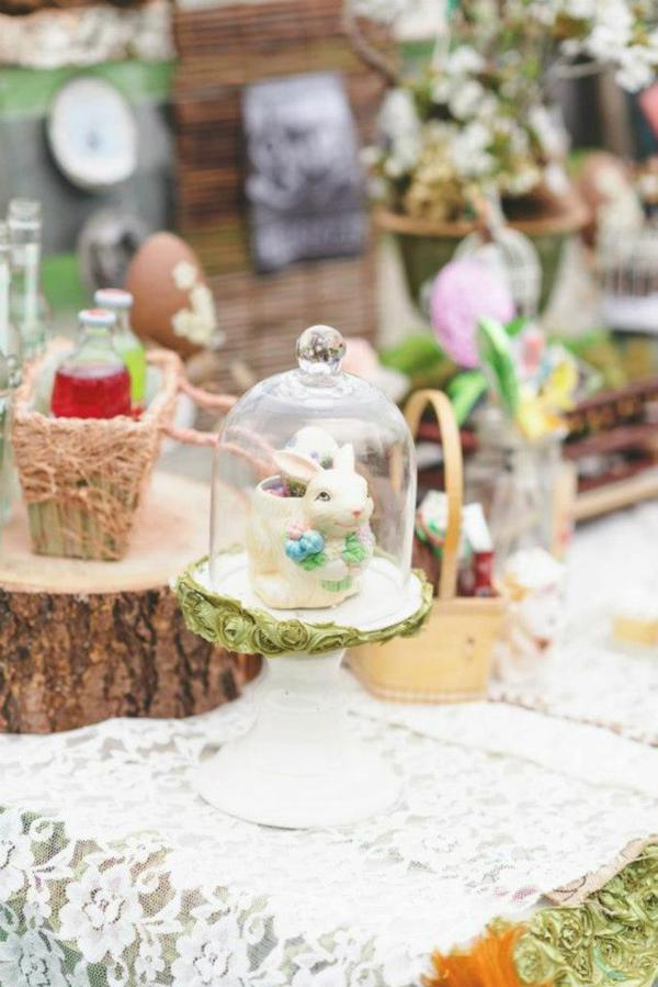 Vintage Easter Picnic Party via Kara's Party Ideas | KarasPartyIdeas.com #vintage #easter #picnic #boutique #upcycled (19)