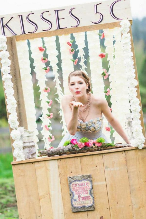 Vintage Easter Picnic Party via Kara's Party Ideas | KarasPartyIdeas.com #vintage #easter #picnic #boutique #upcycled (17)