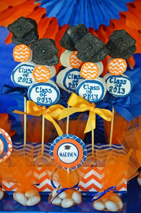 Graduation Party via Kara's Party Ideas | KarasPartyIdeas.com #grad #graduation #party #ideas (21)