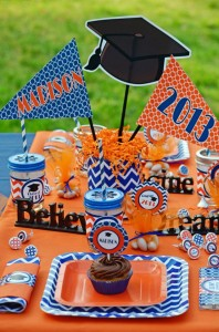Graduation Party via Kara's Party Ideas | KarasPartyIdeas.com #grad #graduation #party #ideas (20)