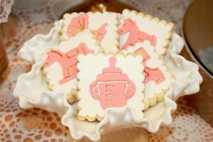 Vintage Peach and Gold baby shower via Kara's Party Ideas KarasPartyIdeas.com #vintage #peach #gold #party #idea #baby #shower (14)