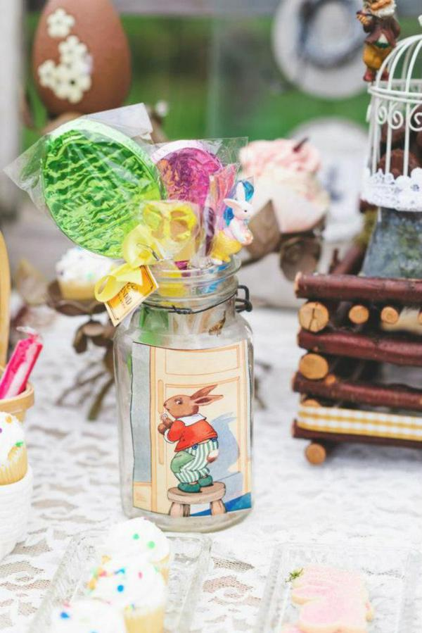 Vintage Easter Picnic Party via Kara's Party Ideas | KarasPartyIdeas.com #vintage #easter #picnic #boutique #upcycled (9)