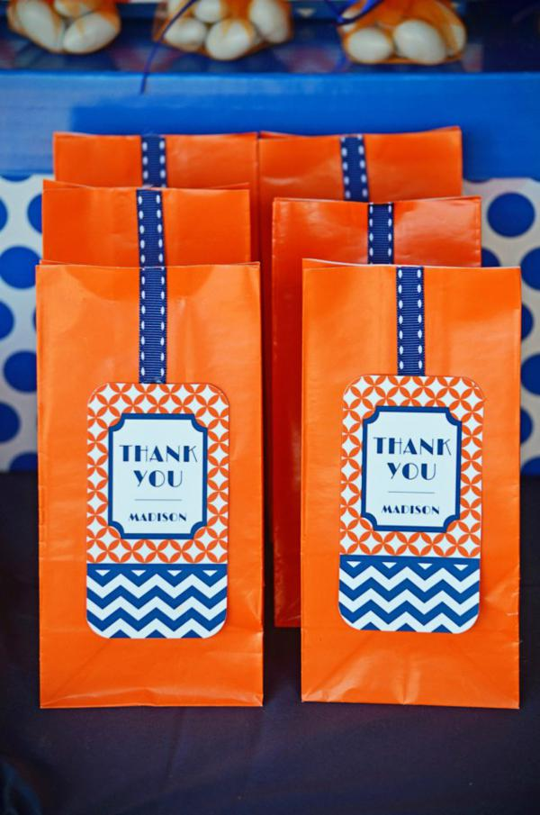 Graduation Party via Kara's Party Ideas | KarasPartyIdeas.com #grad #graduation #party #ideas (9)