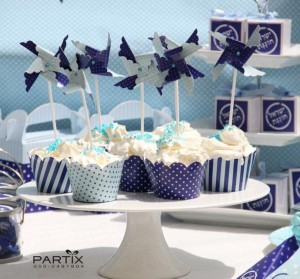 Israel Independence Day Party via Kara's Party Ideas | KarasPartyIdeas.com #israel #independence #day #party (14)