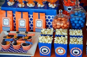 Graduation Party via Kara's Party Ideas | KarasPartyIdeas.com #grad #graduation #party #ideas (6)