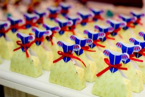 Snow White Birthday Party via Kara's Party Ideas | KarasPartyIdeas.com #snow #white #disney #princess #party #ideas (20)
