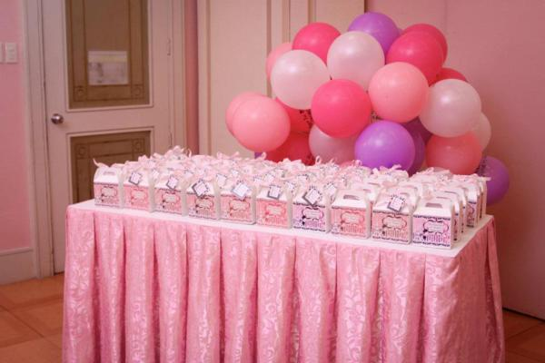 Karas Party Ideas Poodle in Paris themed birthday party via