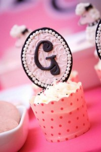 Poodle in Paris themed birthday party via Kara's Party Ideas | KarasPartyIdeas.com #poodle #paris #birthday #party #ideas #cake #cupcakes #favors #decorations #supplies #idea (6)