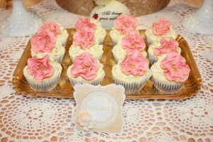 Vintage Peach and Gold baby shower via Kara's Party Ideas KarasPartyIdeas.com #vintage #peach #gold #party #idea #baby #shower (7)