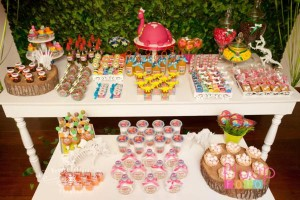 Pink Dinosaur Birthday Party for girls via Kara's Party Ideas KarasPartyIdeas.com #pink #dino #dinosaur #birthday #party #girls #ideas #cake #supplies #favors #decor #idea (3)
