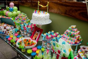 KATY PERRY Candy Land + Sweet Shoppe themed birthday party via Kara's Party Ideas | KarasPartyIdesa.com #katy #perry #candy #land #shoppe #sweet #party #ideas #birthday #cake #decorations #supplies #ideas #cupcakes #favor #idea (63)