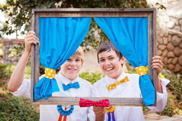 Vintage Donald Duck County Fair Party via Kara's Party Ideas | KarasPartyIdeas.com #vintage #donald #duck #county #fair #party (48)
