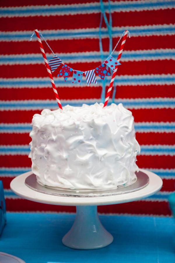 Dr. Seuss Party via Kara's Party Ideas | KarasPartyIdeas.com #Seuss #birthday #party #ideas (17)