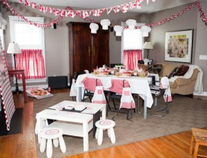 Pizzeria Little Chef themed pizza party via Kara's Birthday Party Ideas KarasPartyIdeas.com #little #chef #pizza #pizzeria #themed #boy #party #ideas #cake #idea #printables #supplies #decorations #kids #activities #favors (148)