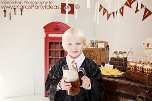 Harry Potter themed birthday party idea via Kara's Party Ideas | KarasPartyIdeas.com #harry #potter #decorations #printables #invitation #party #supplies #idea #cake #cupcakes #activities (14)