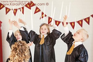 Harry Potter themed birthday party idea via Kara's Party Ideas | KarasPartyIdeas.com #harry #potter #decorations #printables #invitation #party #supplies #idea #cake #cupcakes #activities (7)