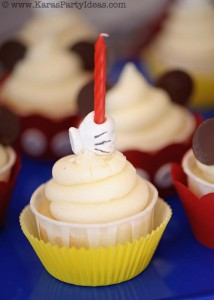 Mickey Mouse Birthday Party via Kara's Party Ideas | KarasPartyIdeas.com #mickey #mouse #cake #favor #decorations #supplies #birthday #party #ideas (30)