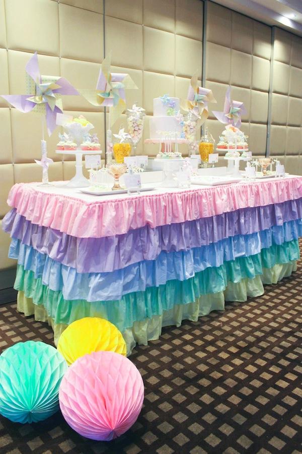 Kara 39 s party ideas pinwheel themed 1st birthday party for 13 ka table